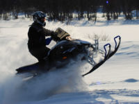 Snøscooter på bane hos Dagaliopplevelser